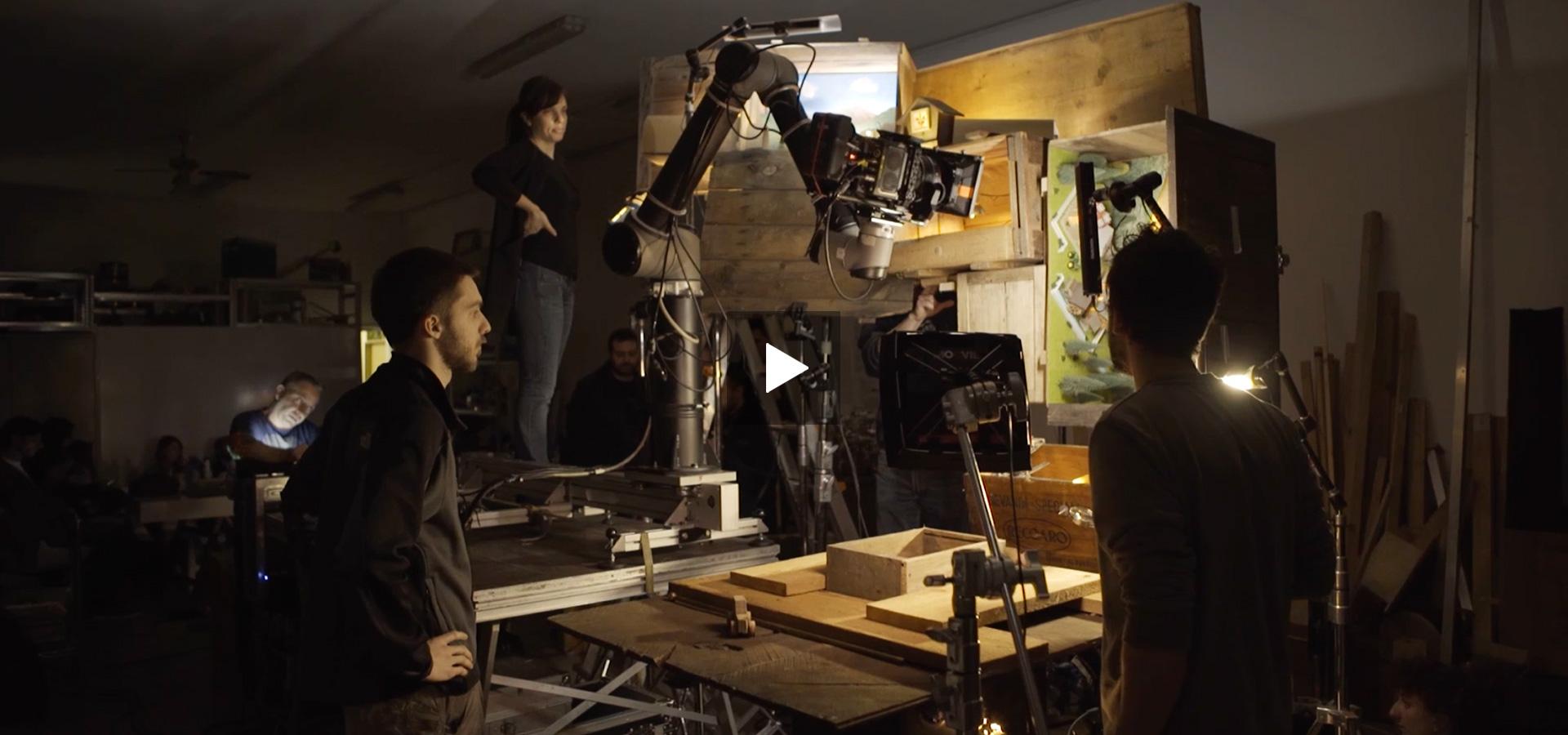 Monkey Talkie - Vallespluga - Life in a box - Produzione video - Spot televisivo