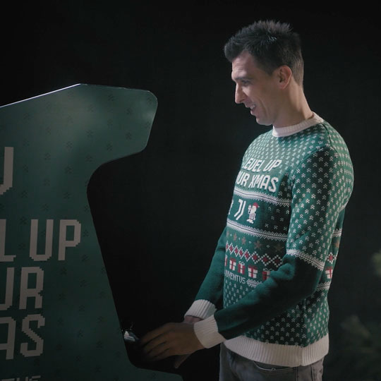 playJuventus - Level Up Your Xmas - Produzione video - Commercial - Monkey Talkie